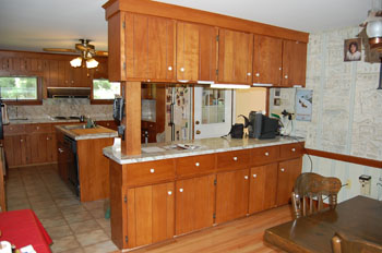 Before after refacing photos classic kitchen cabinet for Refinishing kitchen cabinets before and after