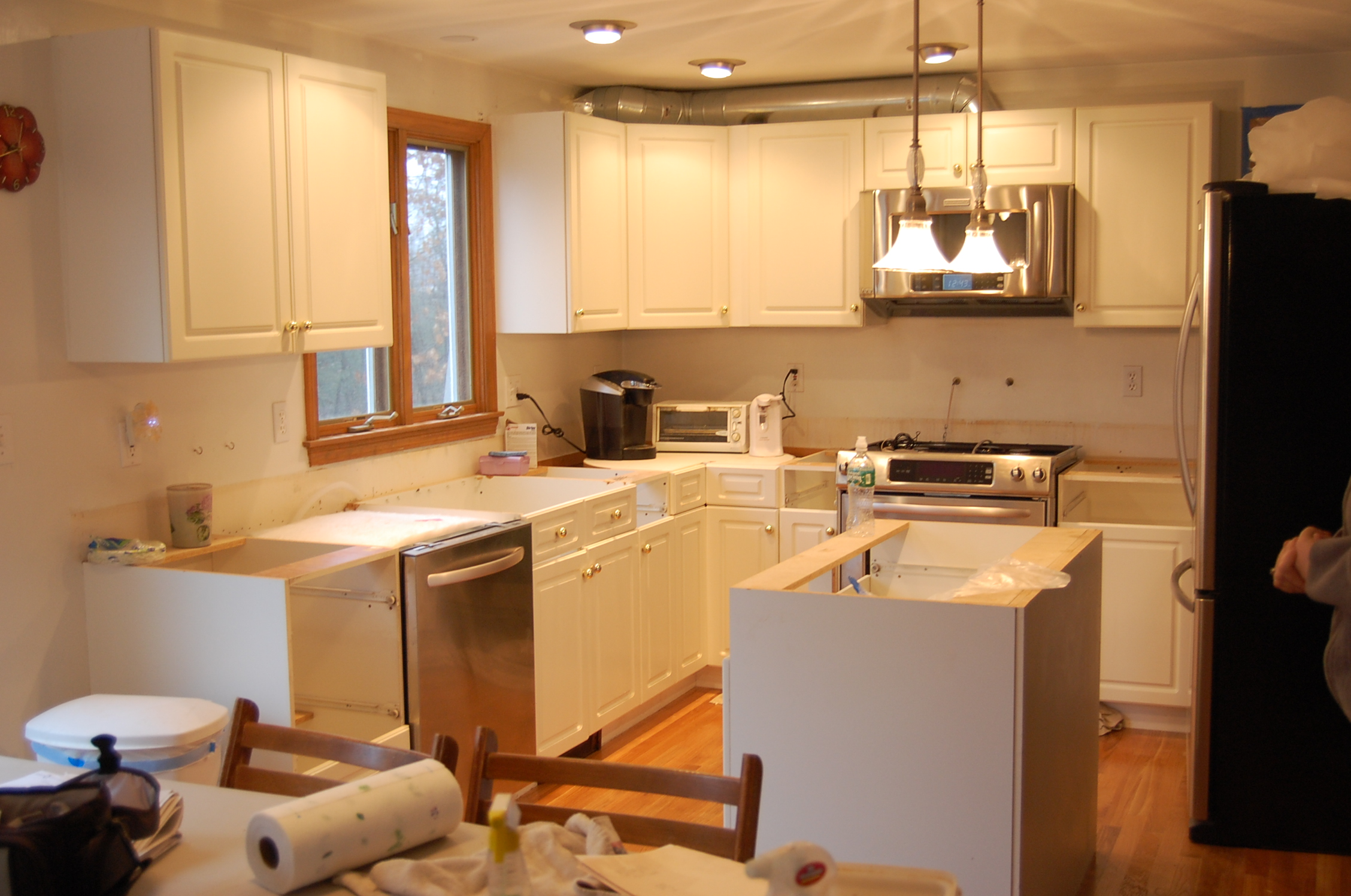 A Classic KKitchen photo of a kitchen before refacing.